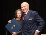 Yoshiko Wada with Jack Lenor Larsen at the George Hewitt Myers Lifetime Achievement Award Cermony, 2016.